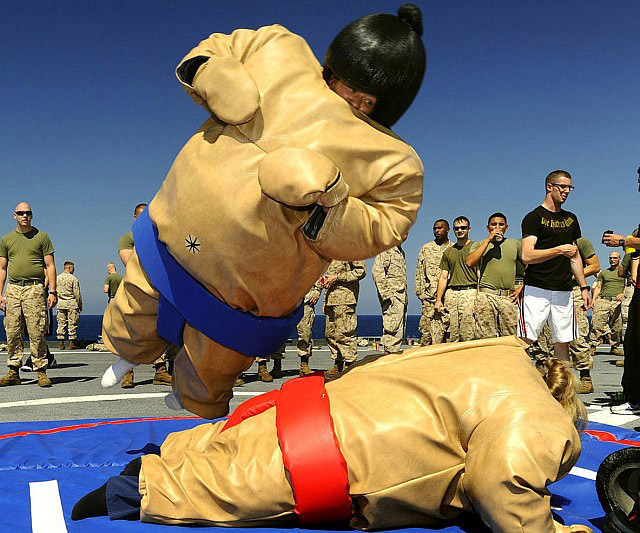 Funny Photo Of The Day For Thursday 25 September 2014 From Site Jokes Of The Day Sumo Suits