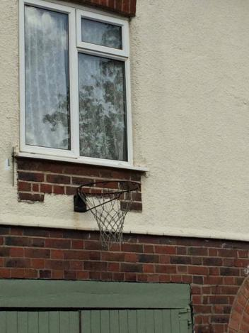 [Slika: Best-place-for-basketball-hoop.jpg.352.jpg]