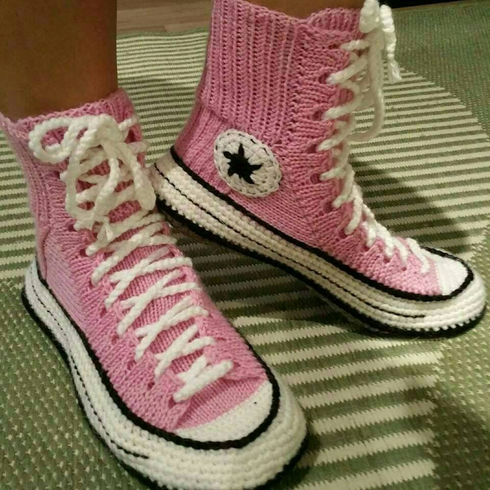 a06960a5b6cb Funny Photo of the day - Ravelry Converse Slippers