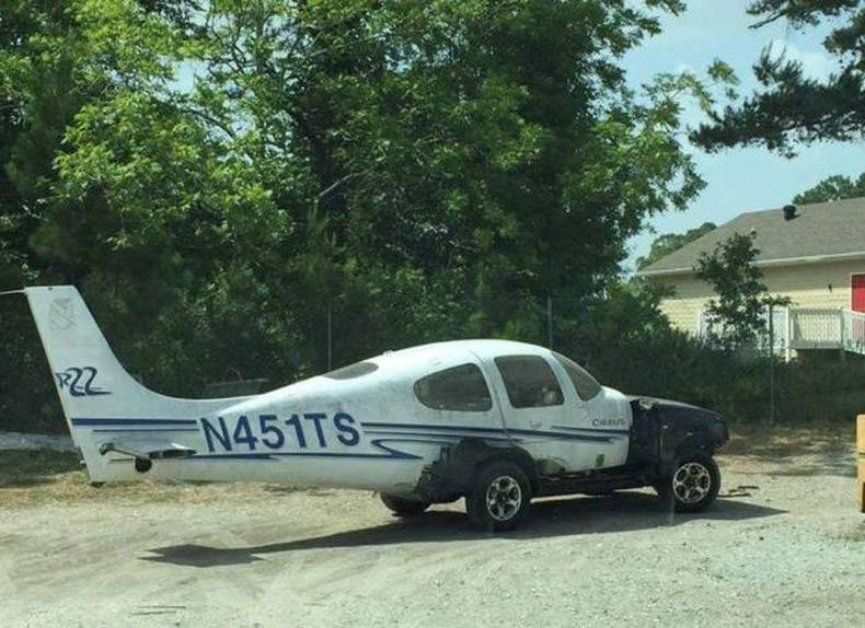 Is it a car Is it a plane funny photo of the day for thursday, 16 march 2017 from site jokes,Funny Airplane Jokes